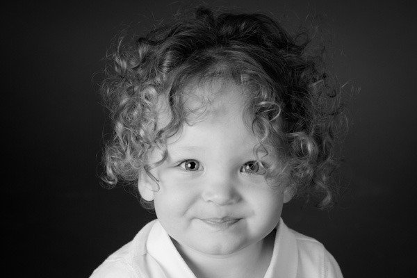 Children Photography Studio Black and White