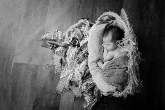 Nelien Le Roux (2019 Newborn) 29