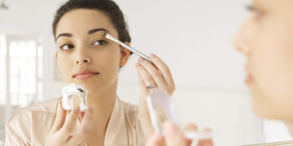 Tips For Doing Your Own Makeup For A Photoshoot 1