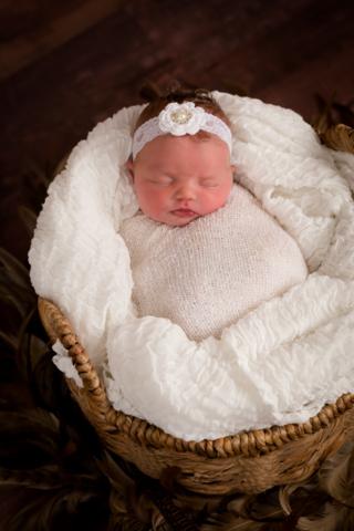 Annalise Beard (Newborn 2021) 29