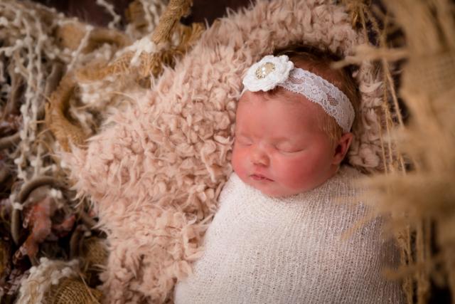 Annalise Beard (Newborn 2021) 30